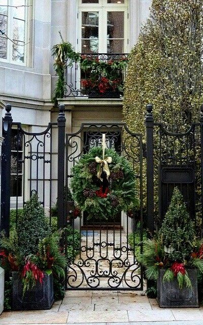 portugal –   Holiday decor, Windows, Entryway
