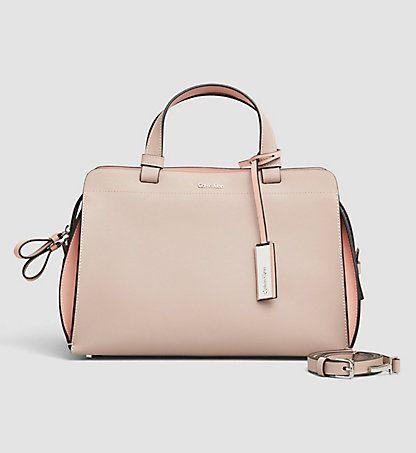 CALVIN KLEIN® Deutschland | Offizieller Onlineshop. Taschen DamenOutfit ...