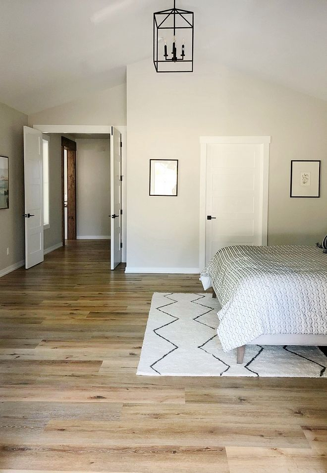 Flooring with agreeable gray #sherwinwilliamsagreeablegray