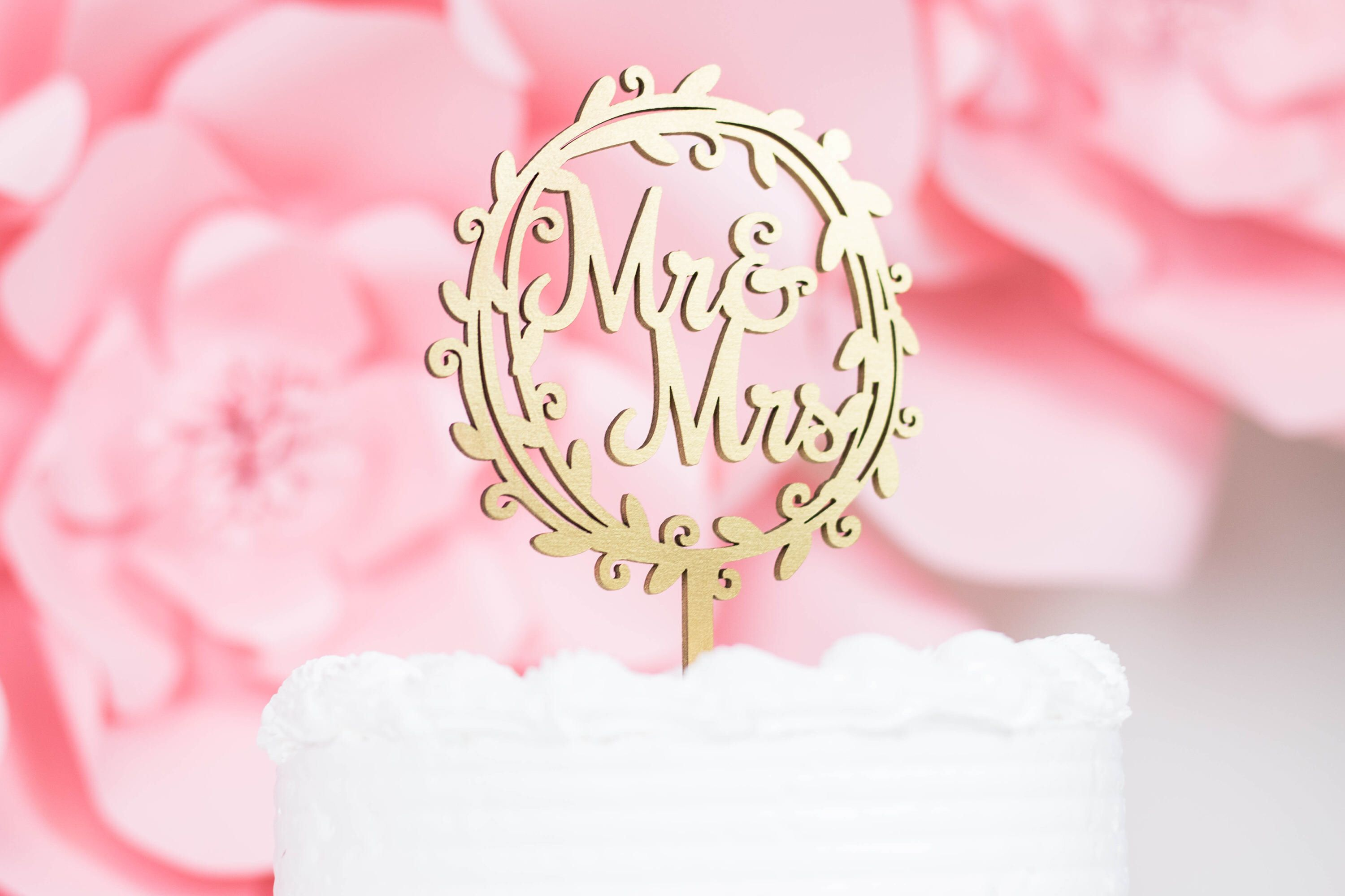 Mr & Mrs Cake Topper - Script Wedding Cake Topper, Rustic Wedding ...