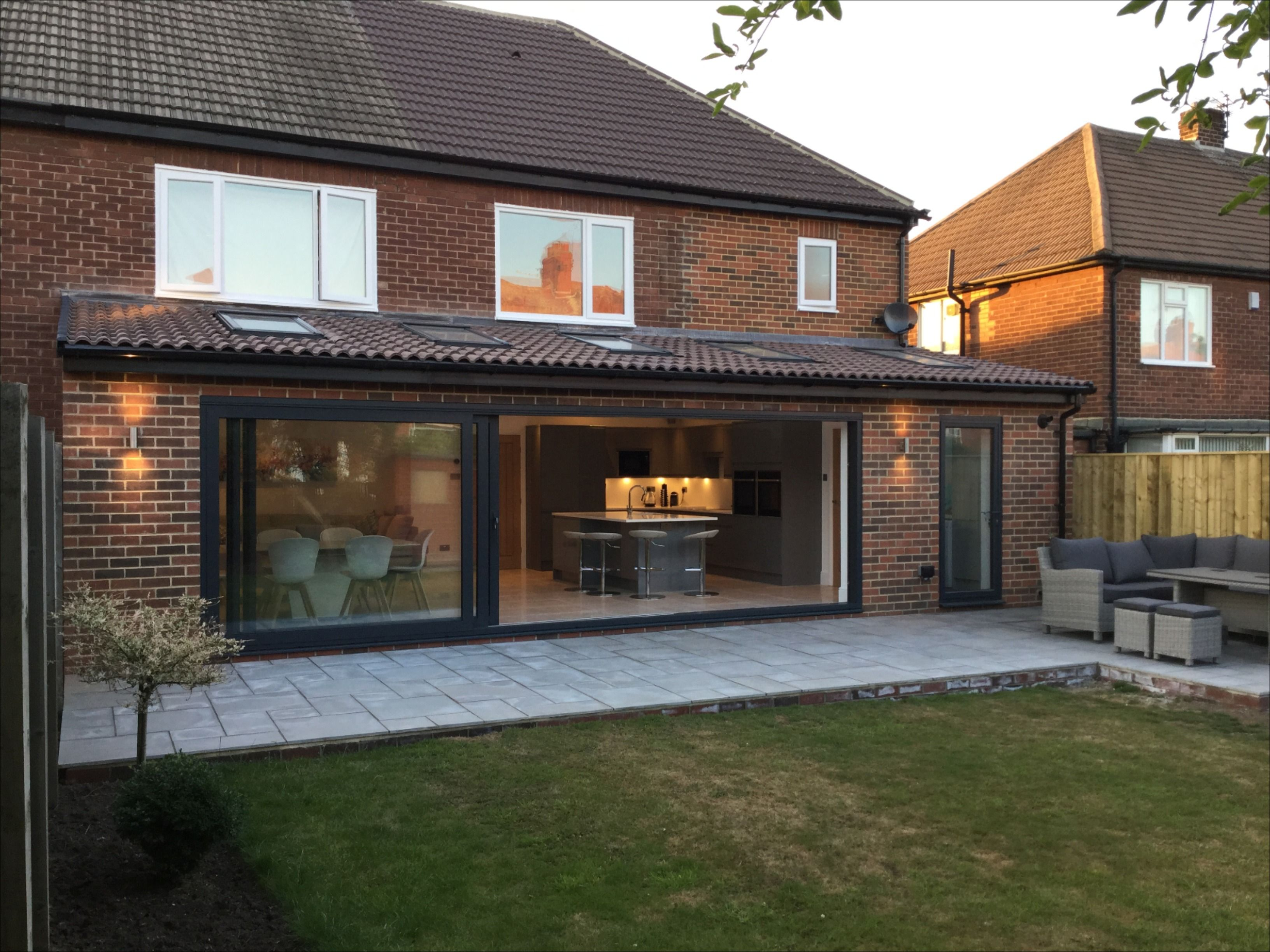 Contemporary Rear Kitchen Extension