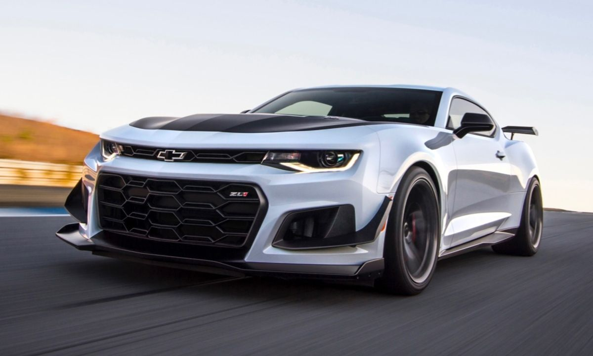 The New Automatic Transmission Makes The 2019 Chevy Camaro Zl1 1le