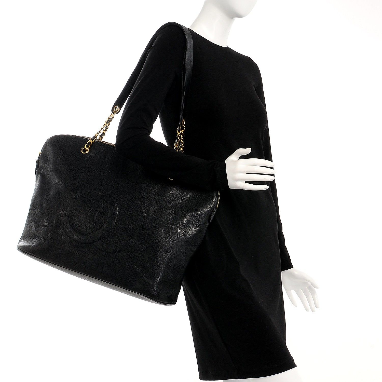665aa1af9c7c Black Leather · This is an authentic CHANEL Vintage Caviar Large CC Shoulder  Bag in Black. This chic