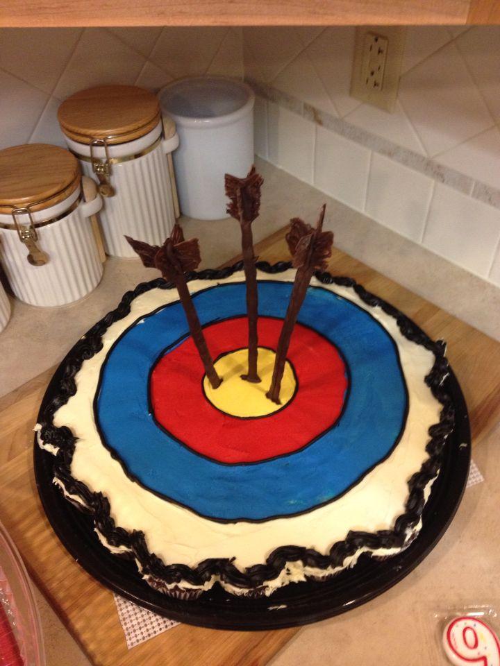 Bullseye Archery Cupcake Cake W Chocolate Arrows Moffett
