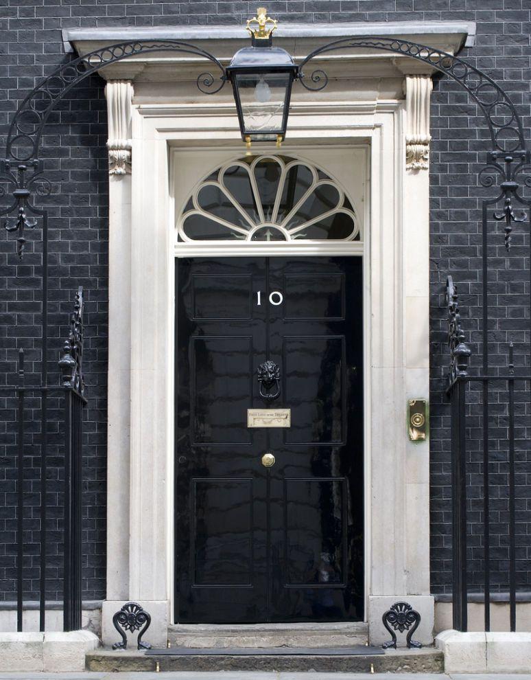 Black door 10 downing street london come in looking for Front door 10 downing street