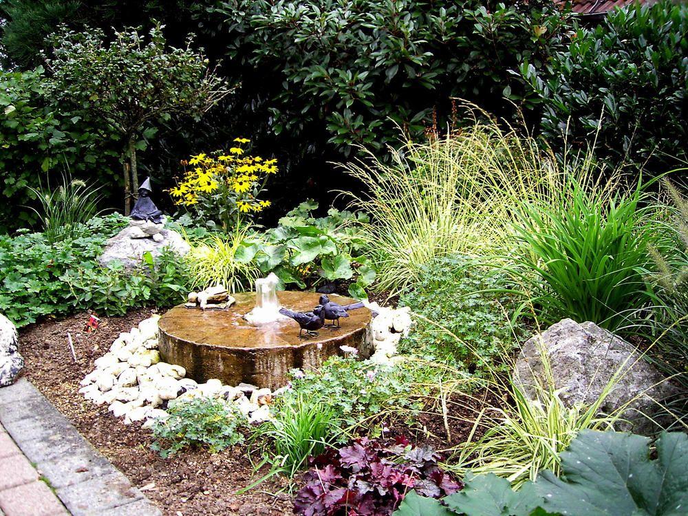 Minigarten Planen Und Gestalten Wasserspiel Garten Mini Garten Miniaturgarten