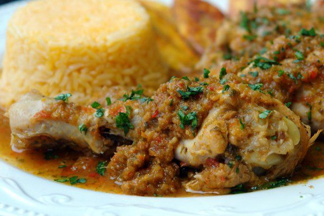 Seco de pollo or seco de gallina is a South American chicken stew cooked slowly in a sauce of beer, onions, garlic, peppers, tomatoes, herbs and spices.