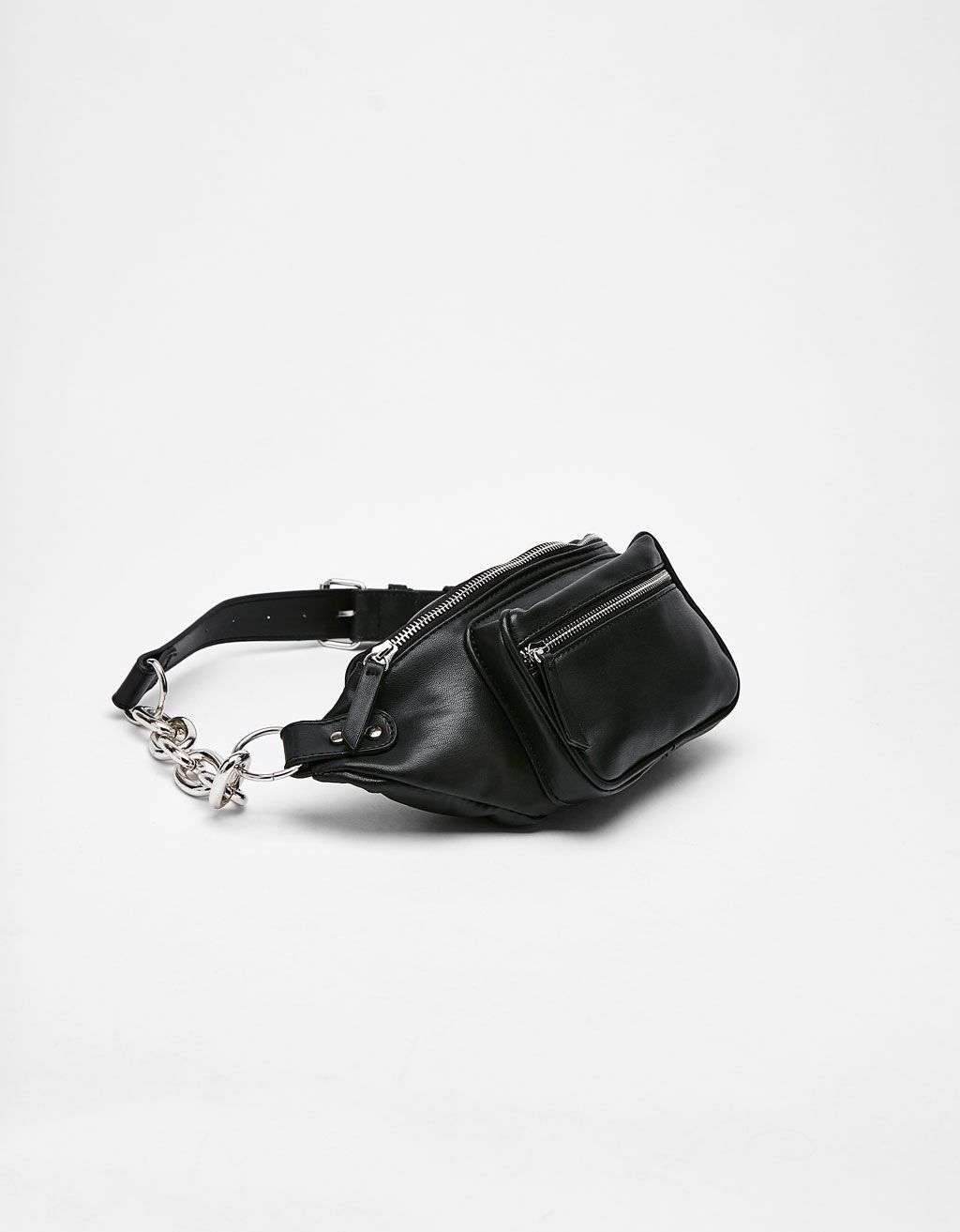 e6f2a1585c5 Fanny pack with chain | Athleisure | Bags, Cute bags, Fanny Pack