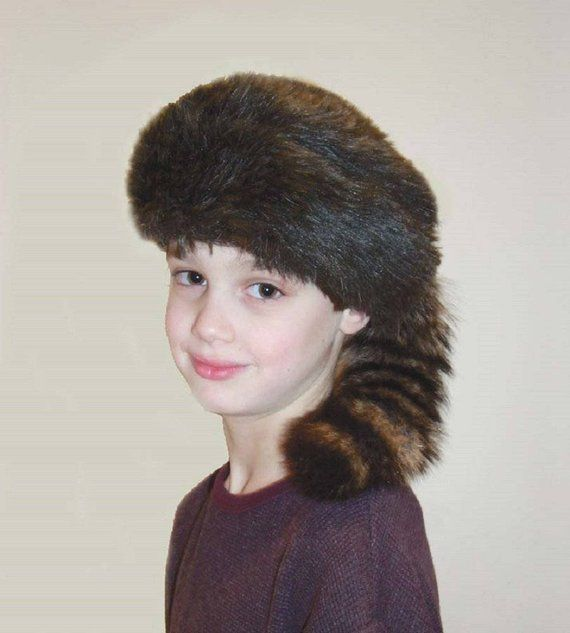 6825954369f Davy Crockett or Daniel Boon Style Coon Skin Hat with Fake Tail ...