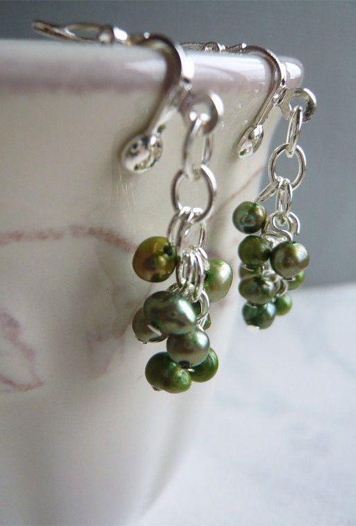 Green Pearl Cluster Dangle Earrings Clip On Beaded
