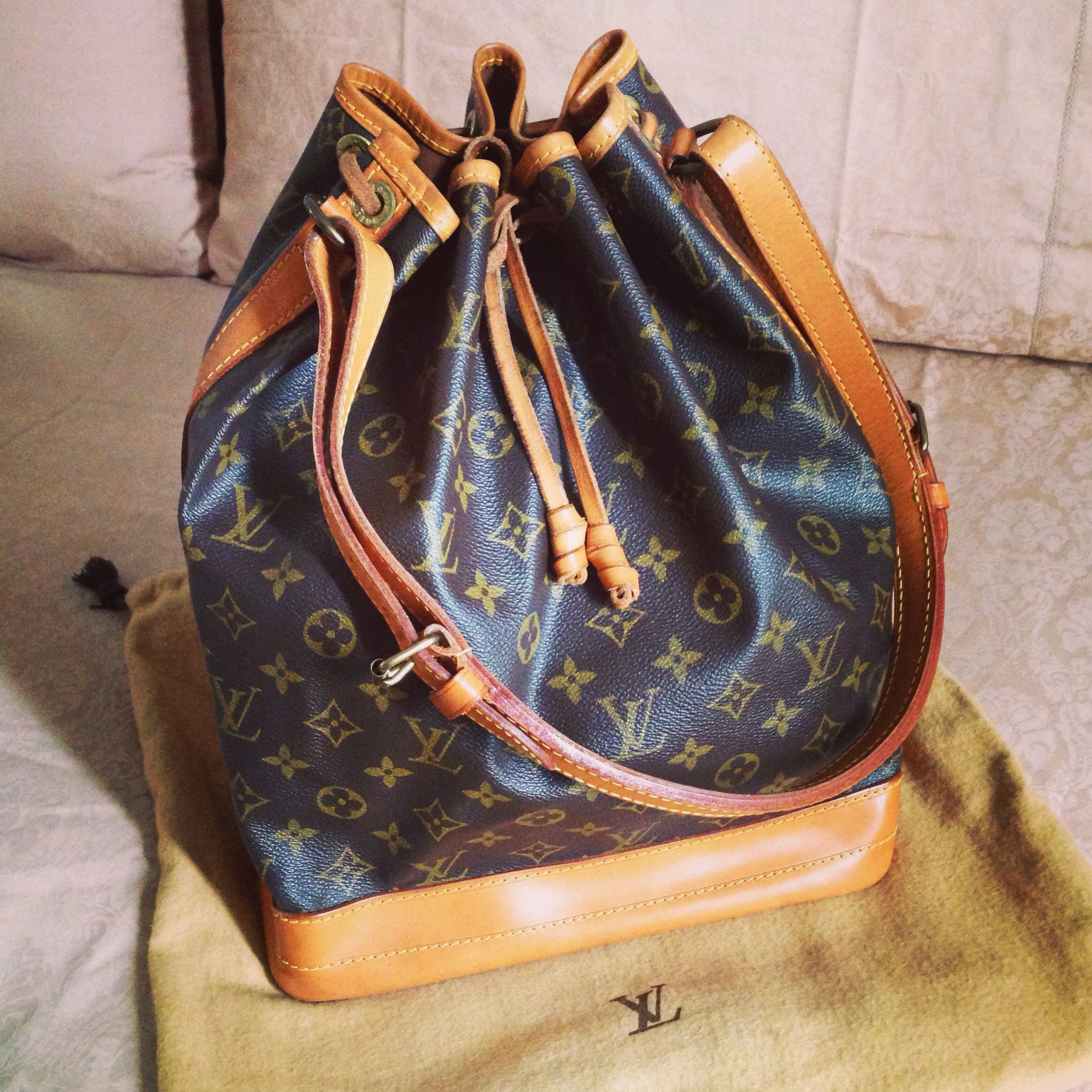 Lv Noe Gm Vintage Louis Vuitton Handbags Vuitton Noe Louis Vuitton
