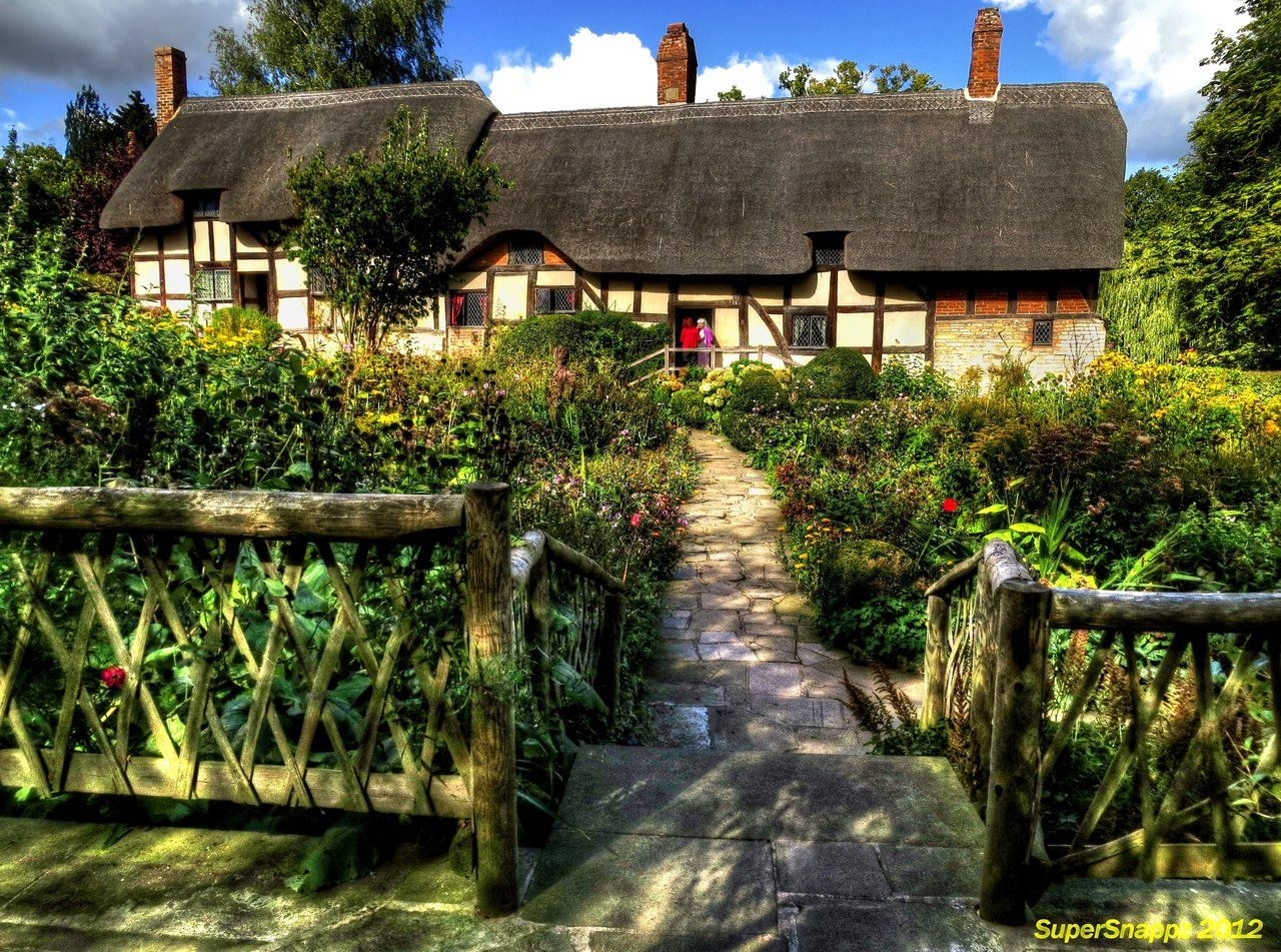 Shakespeare's wife, Anne Hathaway's Cottage in Victoria