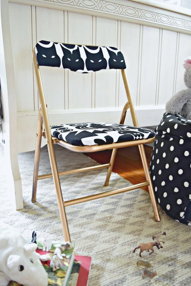 DIY Upholstered Kids' Chair is part of Upholstered kids chair - Sometimes certain pieces of kids' furniture can just be obnoxious looking  This  SPORT  chair definitely fell into that category  Don't be worried though, I ban…