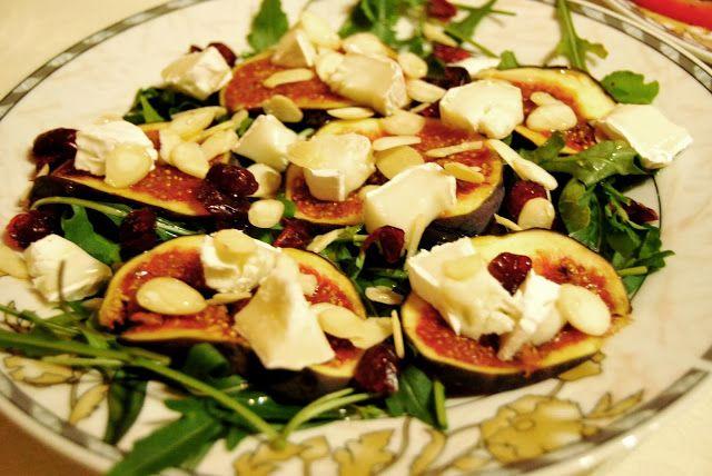 Na talerzu modelki: sałatka z figą i kozim serem
