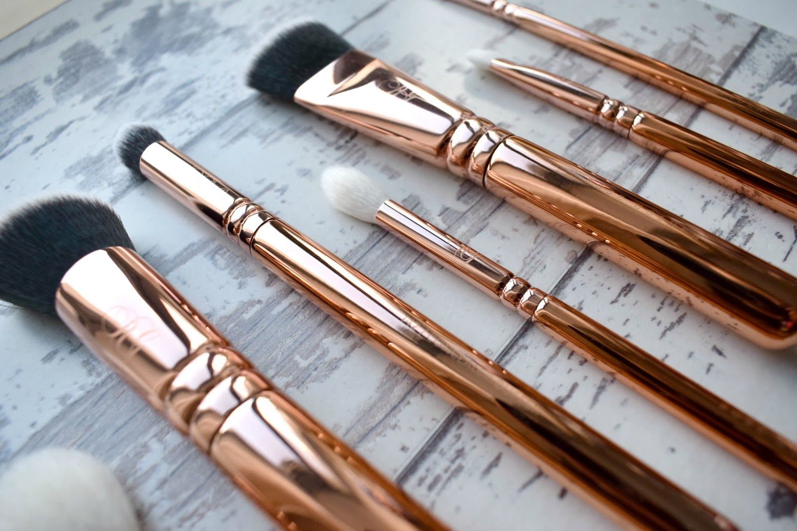 da52a1721cf682 Zoeva Rose Golden Volume Vol 3 Brush Set Collection. Solid Rose Gold Make-Up  Brushes Zoeva Rose Golden Volume Vol 3 Brush Set Collection, Zoeva Rose  Gold ...