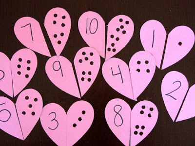 Heart Themed Activities - Heart Counting Puzzles #makeyourown #diy #valentinesday #counting #busybag
