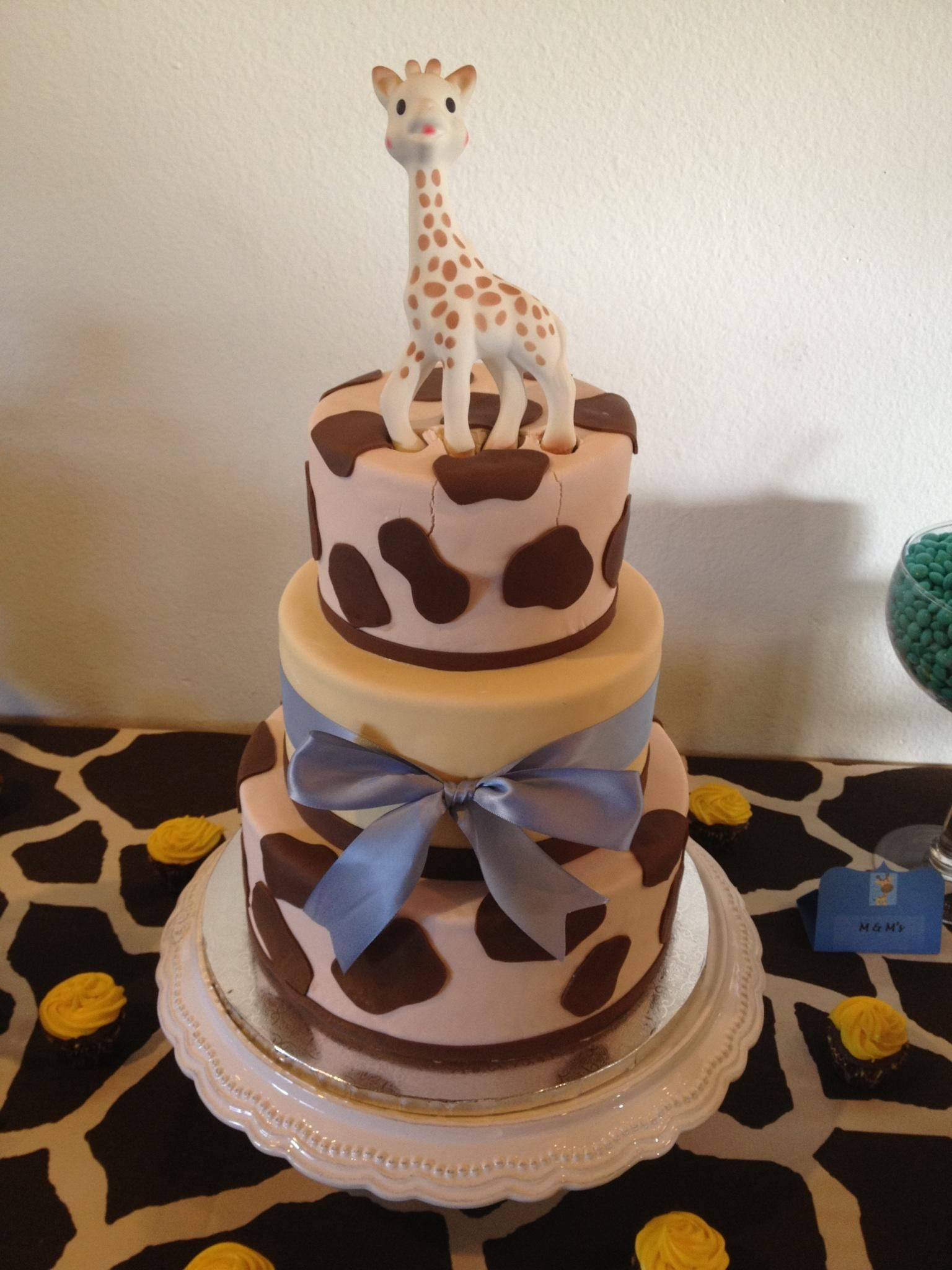 Baby Shower Giraffe Images ~ Baby giraffe shower cake cakes we ve made quot sweet treats more pinterest