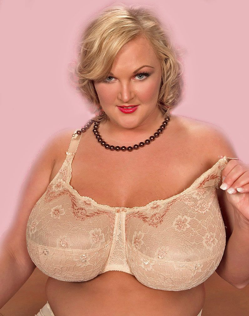 Pin By George Jetson On Large Bras In 2019 Lingerie Bra Boobs