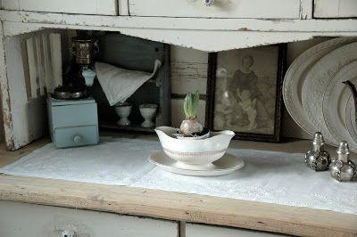 Frøken Jægers hus: Første hyacint er i hus