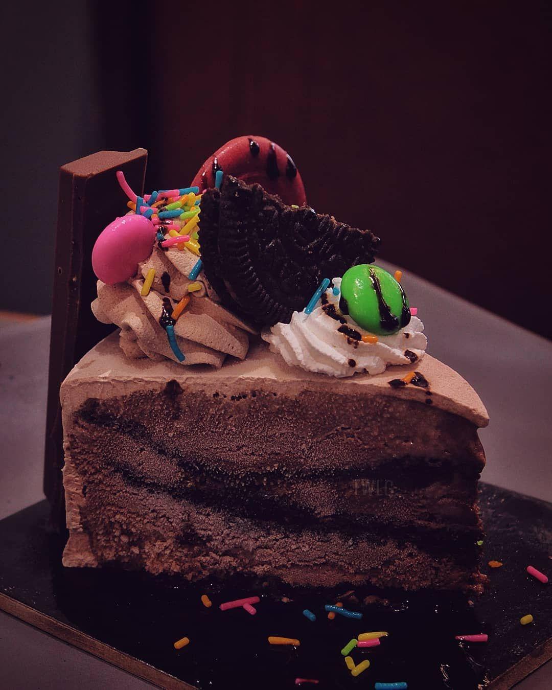 Oreo Cookie Blizzard ❤️ @huberandholly , Koregaon Park, Pune.  Zomato : Foodie15gadgil. @foodtalkindia @thepunefoodie @punebhukkad