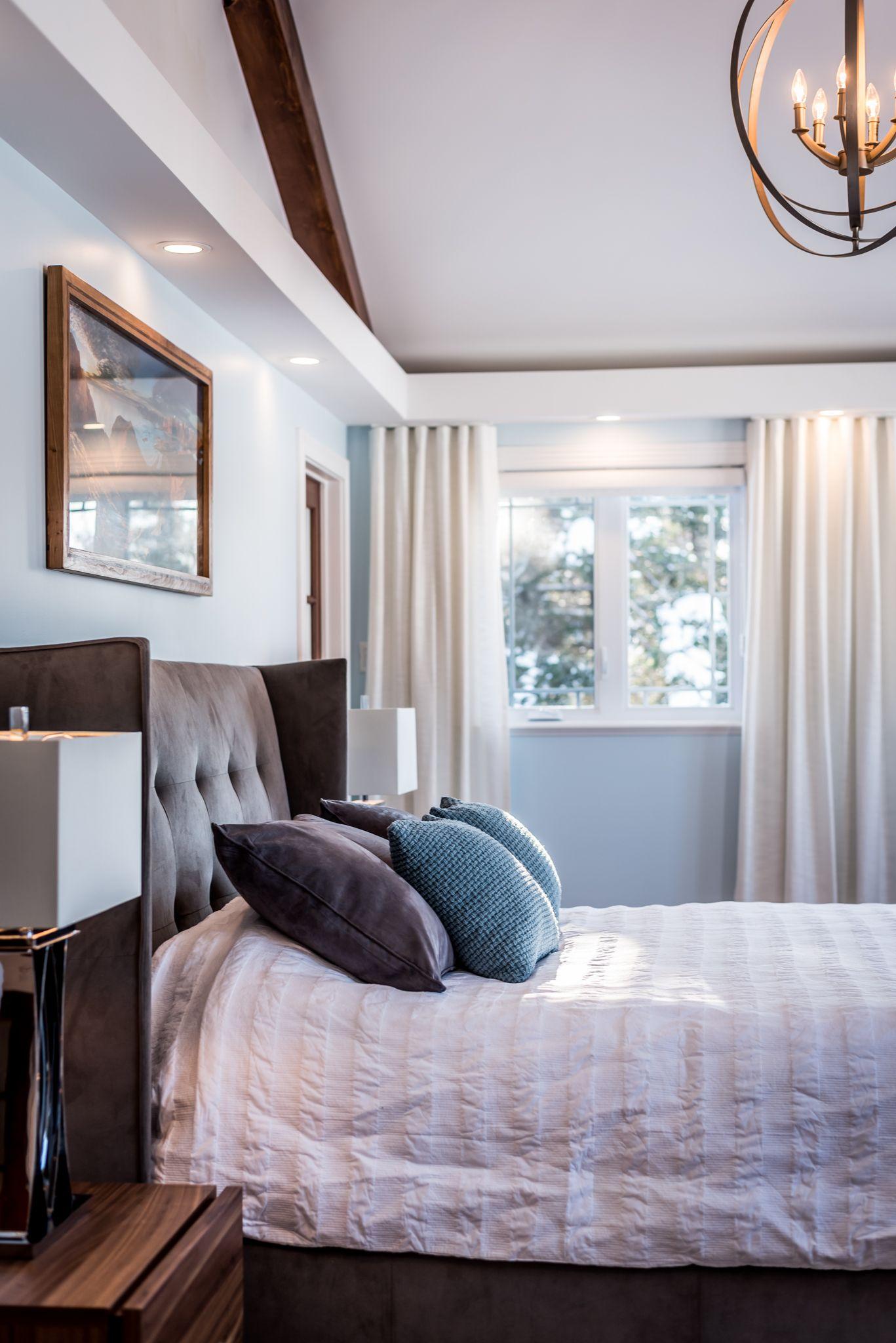 chambre des ma tres style bord de mer rustique chic classique rideaux sur mesure retomb e. Black Bedroom Furniture Sets. Home Design Ideas