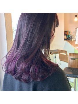 Sowi 阿部 パープルのグラデーションカラー 紫 ヘアカラー 髪 グラデーション 髪色 グラデーション