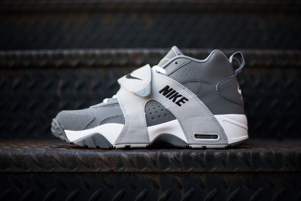 d65e7e04a596 Nike Air Veer Cool Grey. Nike Air Veer Cool Grey Running Shoes For Men