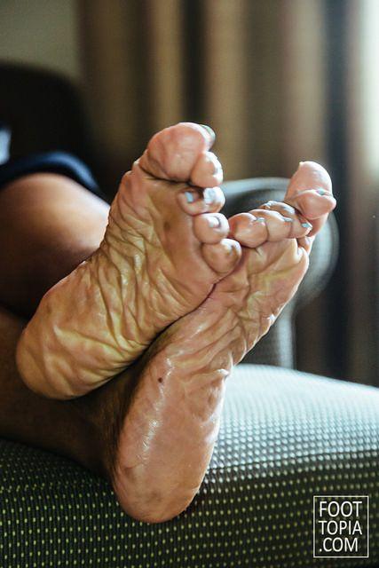 Mature foot shoe fetish lake