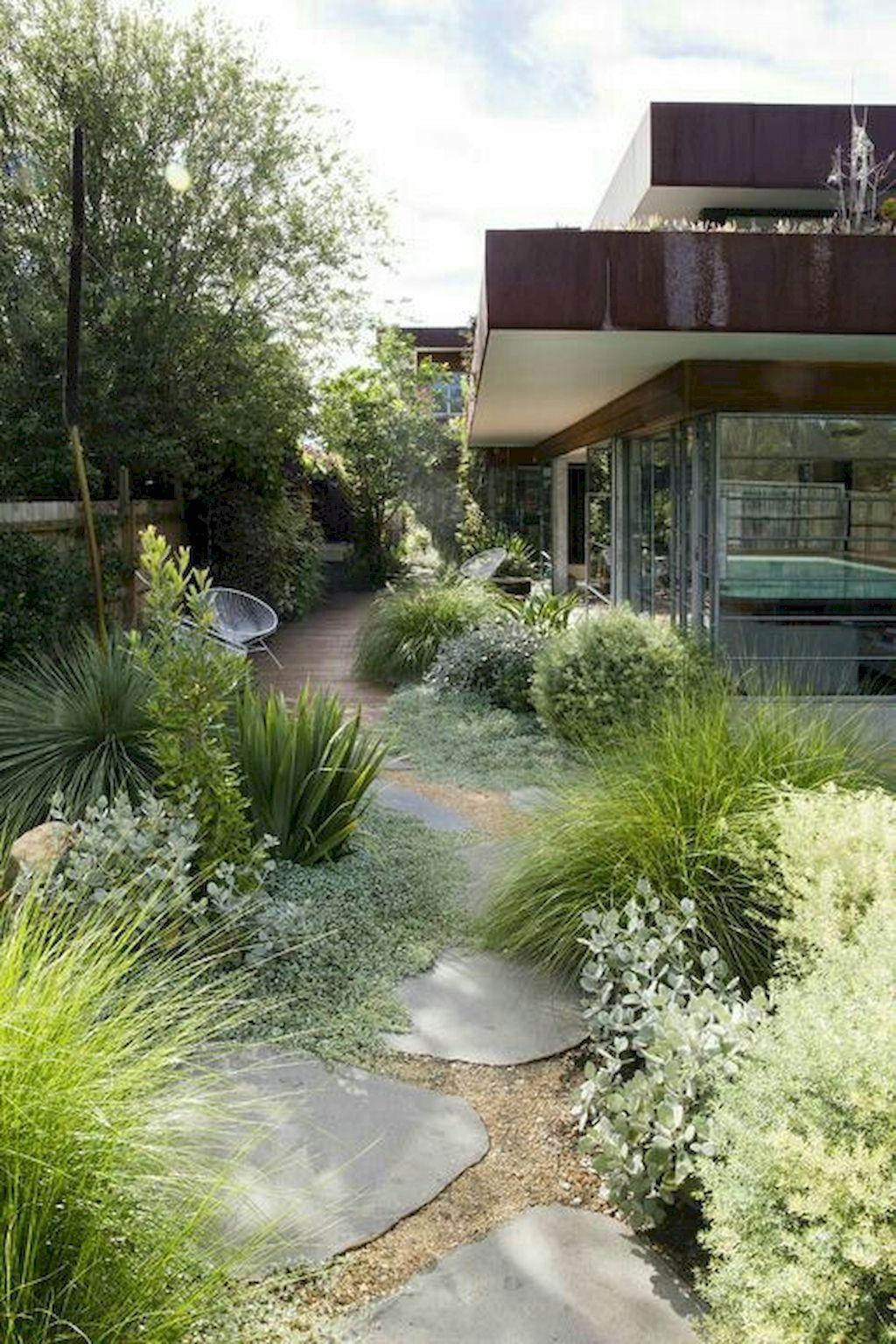 Fresh And Beautiful Front Yard Landscaping Ideas 29 Frontyardlandscaping Modern Landscaping Modern Garden Modern Garden Design