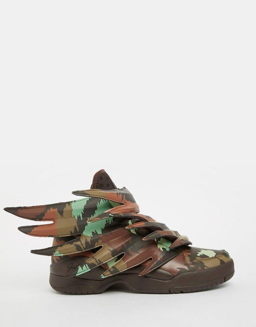 sports shoes 5a60f a9dbb Zapatillas de deporte con alas 3.0 Sauvage de adidas Originals by Jeremy  Scott. Zapatillas de deporte de Adidas Exterior de cuero suave Logo en la  lengüeta ...