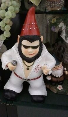 Check out that Elvis gnome! - Yelp