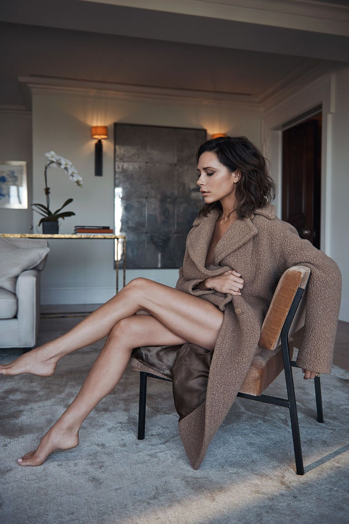 2019 year style- Long to tips enviable legs