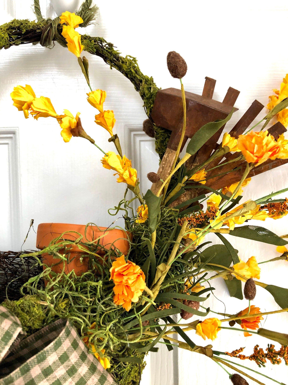 Garden decor door wreath wall hanging gardeners basket