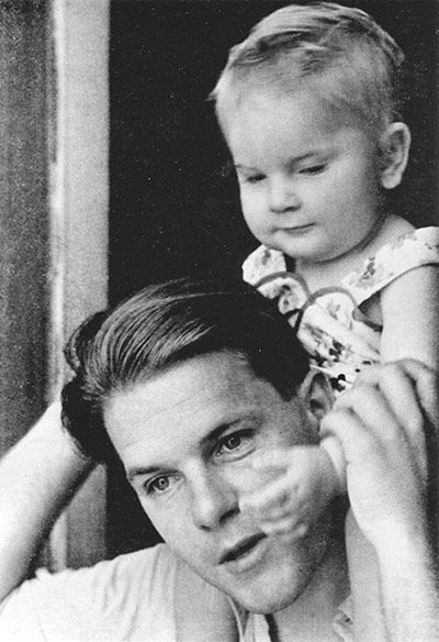 Durrell with his daughter, Penelope, in Alexandria Durrell fled to Alexandria with Penelope and his wife, Nancy, after escaping the Nazi occupation of Greece during the second world war // Photograph from Amateurs in Eden by Joanna Hodgkin