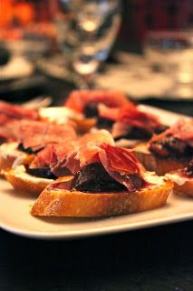 #birthday b-day #idea #recepie #fingerfood #finger #food #bruschetta with #port - #poached #figs, #Marscapone #cheese and topped with #Prosciutto