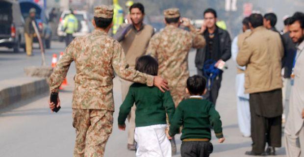 At least 126 killed by Taliban in Pakistan army school seizure