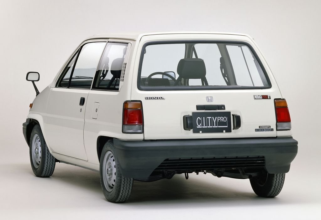 Honda City R (AA) '11.1981-03.1984   Автомобиль