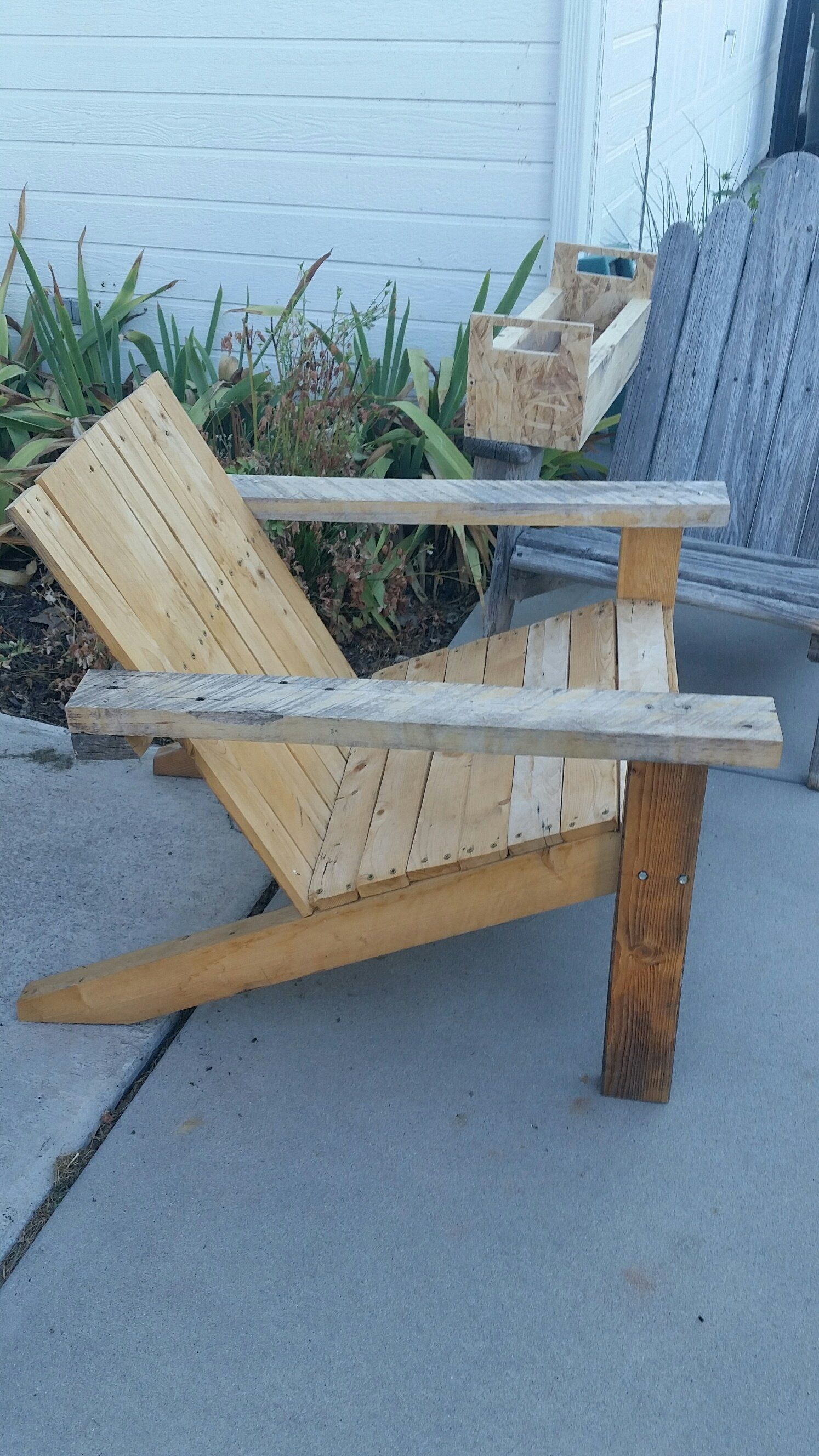 Pallet Adirondack Chair Set Recycled Pallets Ideas