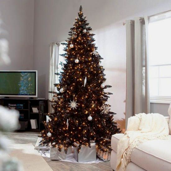 Black Christmas Tree With Golden Yellow Decorations I Would Hehe Against Black Christmas Trees Black Christmas Decorations Black Christmas Tree Decorations