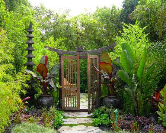 his gateway goes into the black bamboo garden - a circular room ...