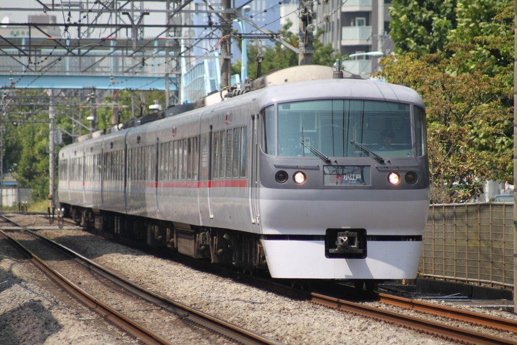 新宿線10000系 10101F ニューレッドアロー - 写真共有サイト「フォト蔵」