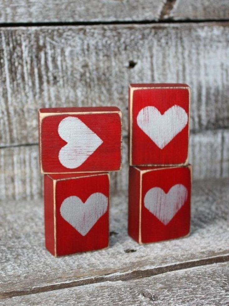 40 Lovely Valentine Home Decor Ideas For Couples - PIMPHOMEE
