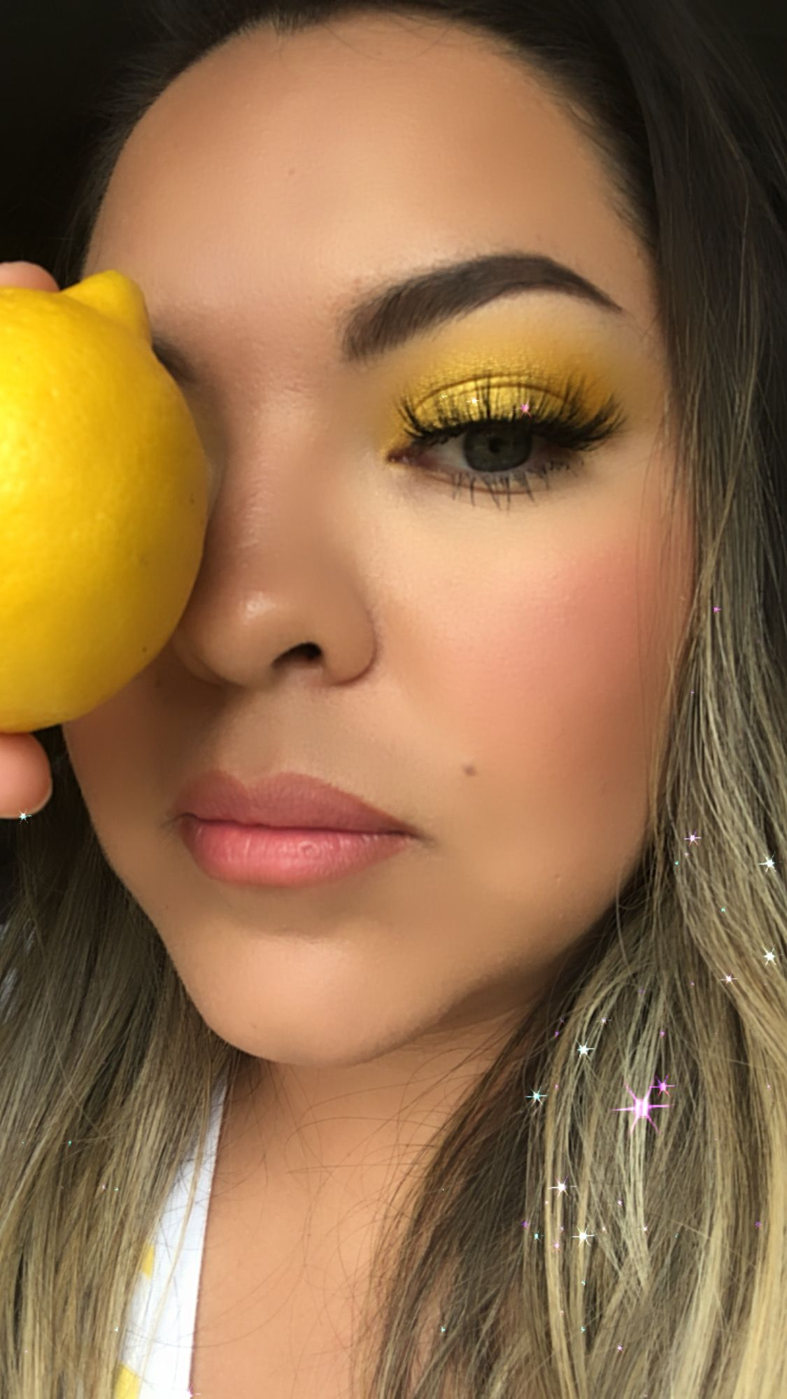 Lemon makeup look in 2020 Makeup looks, Makeup, Lemonade