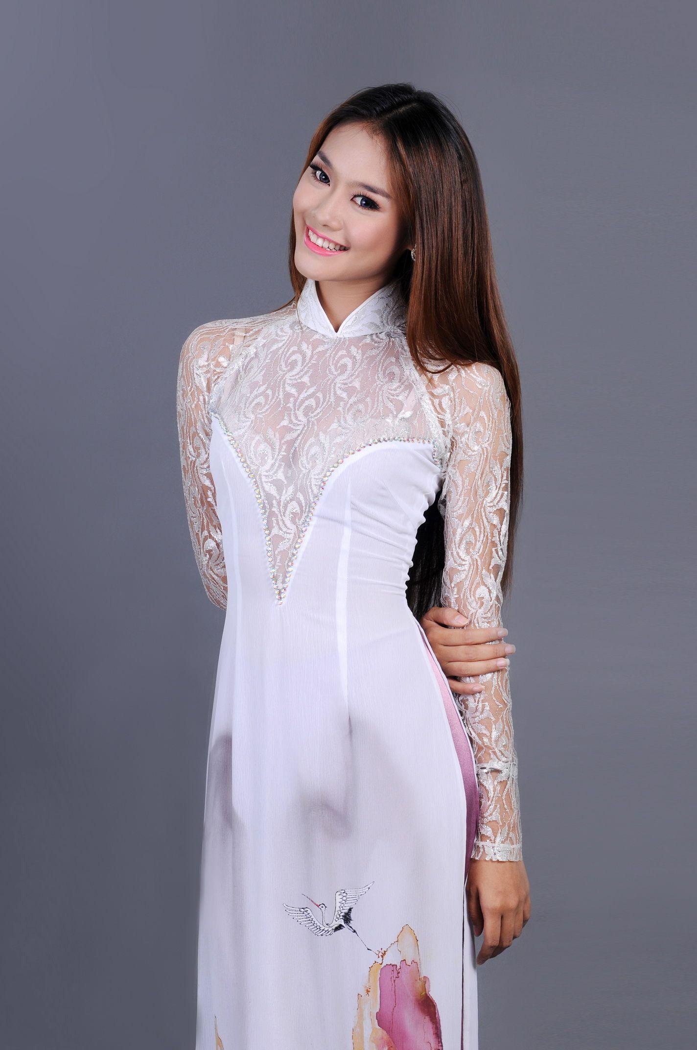 White Modern Ao Dai MW246 Asian fashion, Traditional