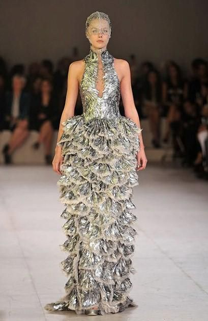 ea93c23fdb3d6 Seashell design dress.   Seashell decoration in high fashion ...