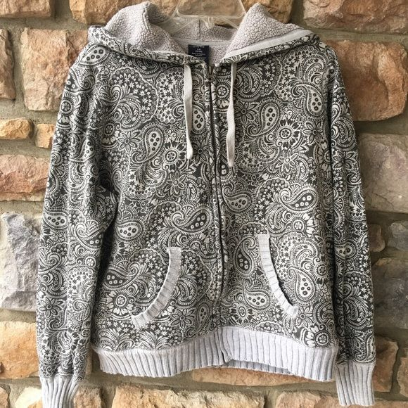 Grey paisley hoodie Gently used grey and dark grey zip-up hoodie. Still in great condition! Tops Sweatshirts & Hoodies
