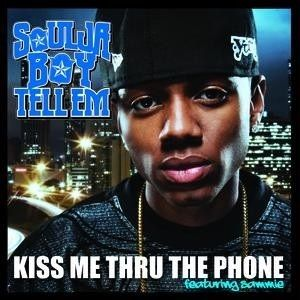 Soulja Boy, Sammie, Pitbull – Kiss Me thru the Phone