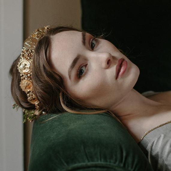 Roman Coin Gilded Diadem Wedding Crown Style Europa No 2151 Etsy In 2021 Wedding Crown Headpiece Bridal Tiara