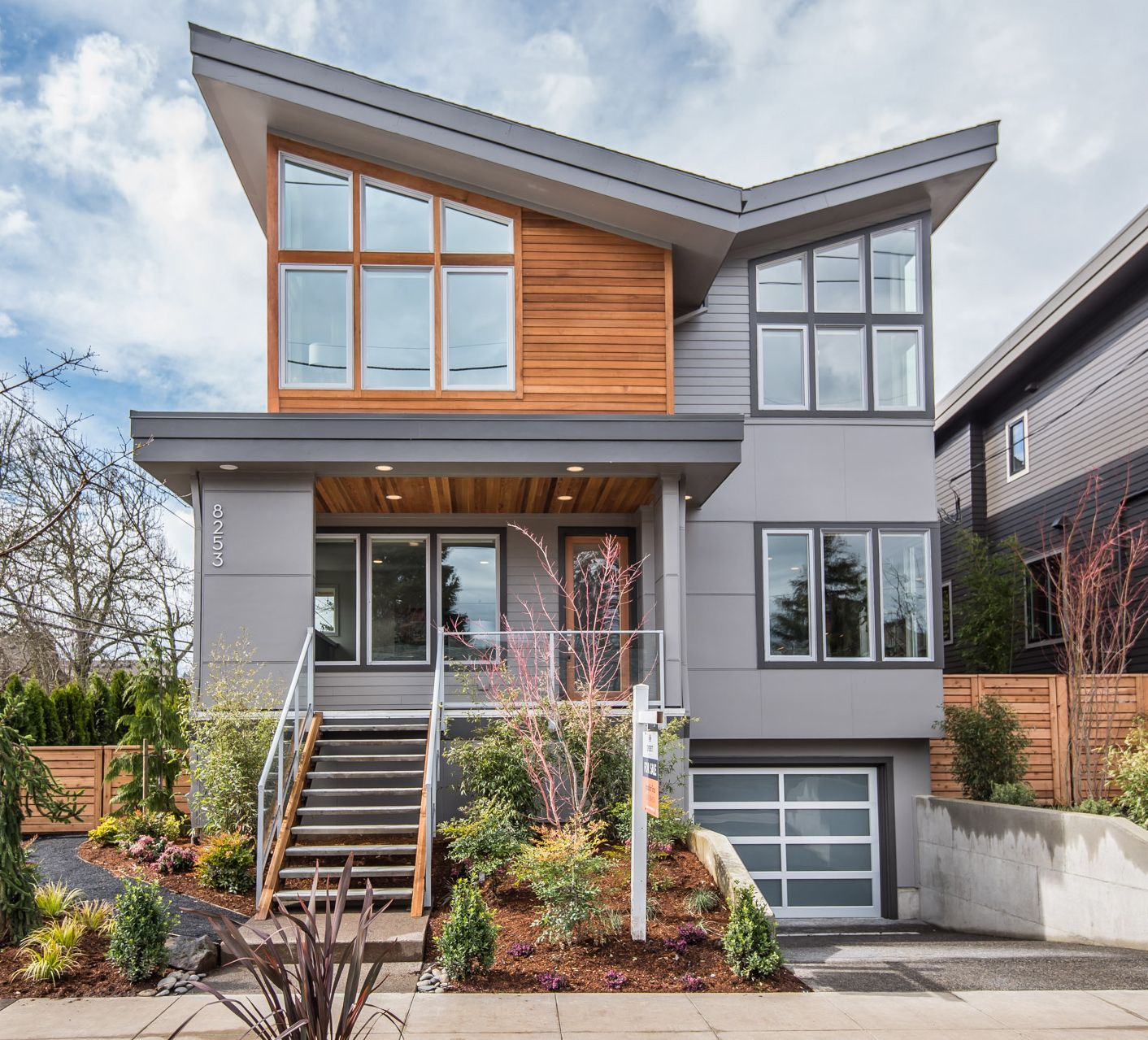 Meet The Butterfly Everett S Sleek New Modern Home Design Clean