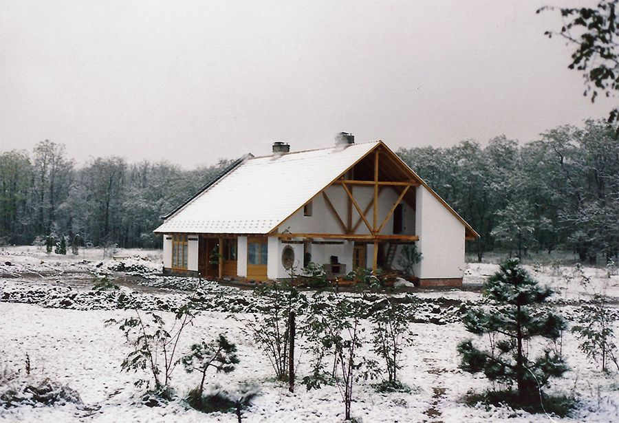 It all started here... / The house and ranch in Hungary of András Zagyvai, the inventor of Smart Egg